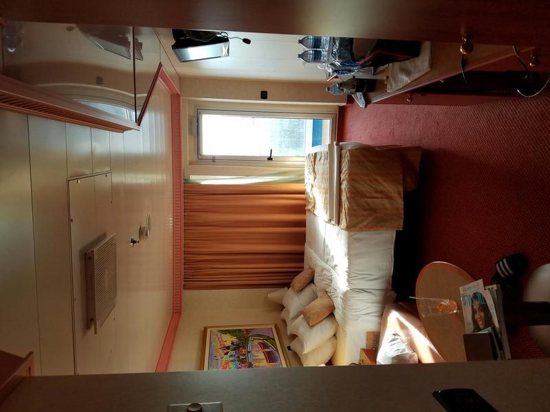 Carnival Splendor cabin 9242