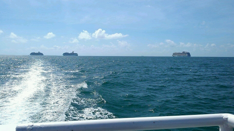 Tender boat to Belize - Carnival Glory