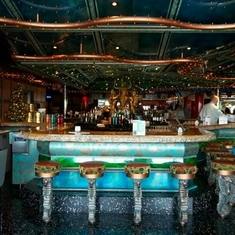 Siren''s Bar on Carnival Victory