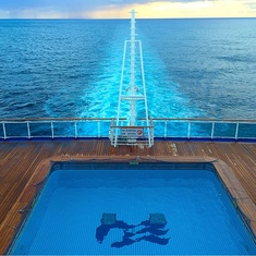 Terrace Pool on Ruby Princess